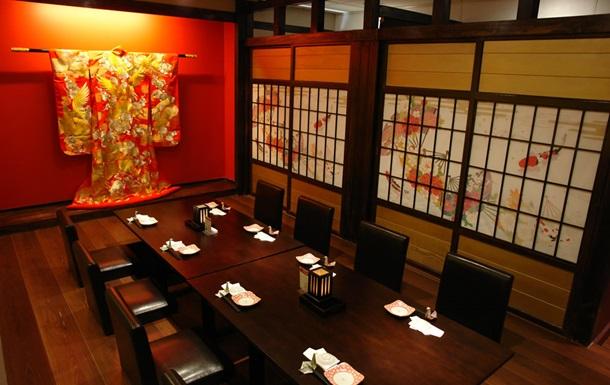 В элитном японском ресторане отравились 14 человек