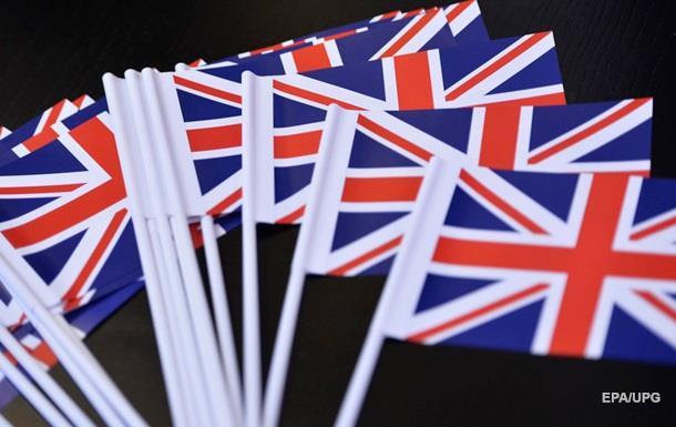 Прихильники збереження Британії в ЄС набирають 51%