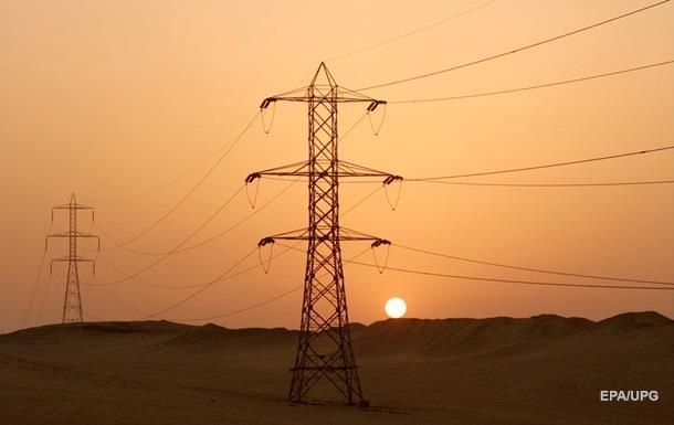 Украина начала получать электричество из России