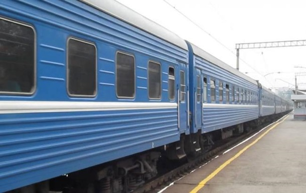 В Хмельницкой области поезд сбил девушку