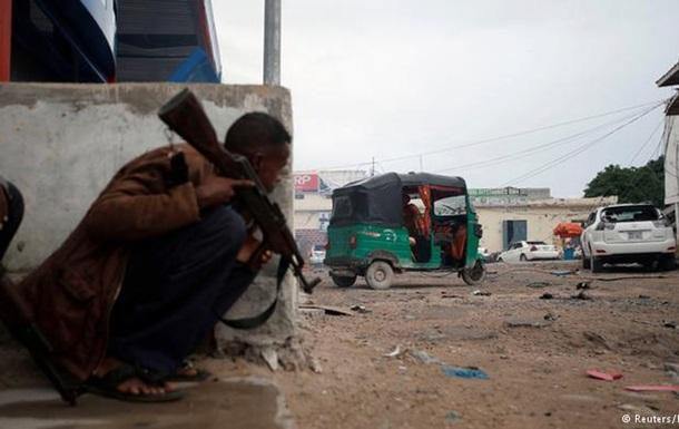 Напад на готель у столиці Сомалі: щонайменше п ятеро загиблих