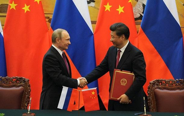 Путін везе з Китаю понад 30 економічних угод