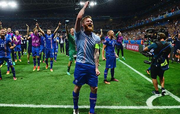 Как сборная Уэльса праздновала гол Исландии в ворота Англии