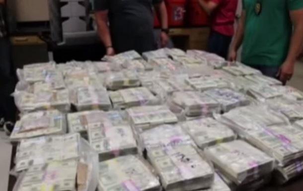 У наркодилеров в США нашли $24 млн в 24 ведрах
