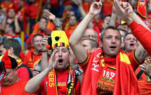 Бельгийские болельщики организовали фанатам из Уэльса  Коридор славы