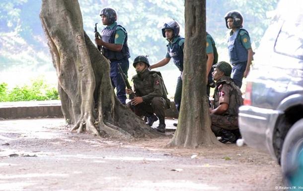 Міністр: Нападники в Бангладеш не пов язані з ІД