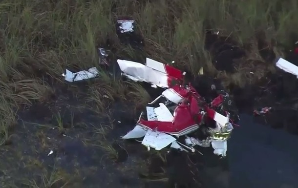 В штате Флорида разбился одномоторный самолет
