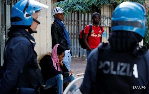 В Италии задержали 38 человек, переправлявших мигрантов в ЕС