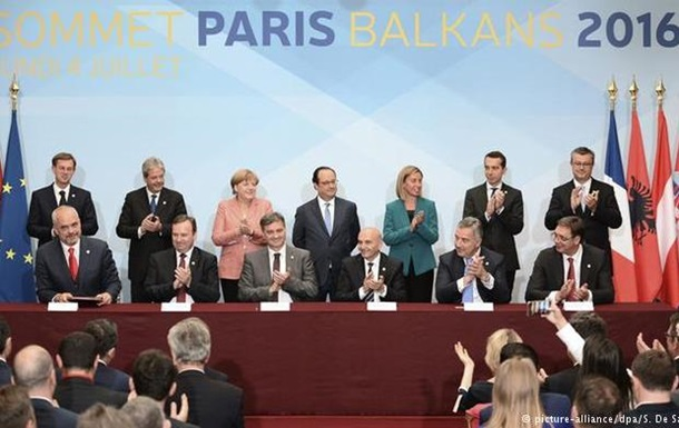 Меркель: Brexit не изменит курса ЕС на расширение