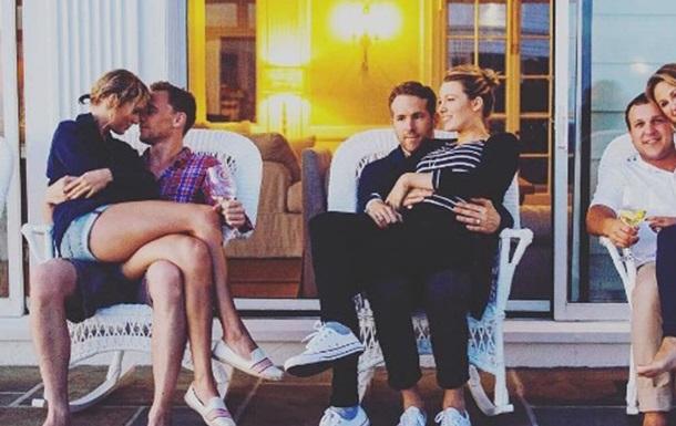 В сети высмеяли романтическое фото Свифт и Хиддлстона