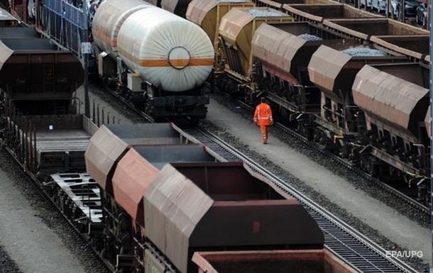 У Росію не пустили 30 товарних вагонів з України