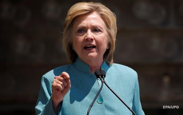 Клінтон відреагувала на стрілянину в Далласі