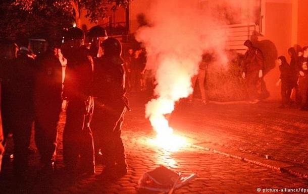 Акция левых радикалов в Берлине переросла в столкновения с полицией