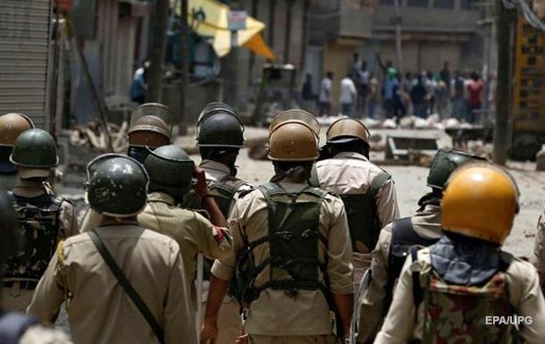 Беспорядки в Индии: погибли 23 человека, сотни пострадавших