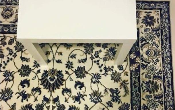 В сети набирает популярность фотозагадка с ковром