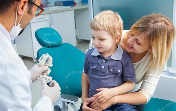 Стоматологи «32 Дент» рассказали, как уберечь детей от «сладкоголизма»