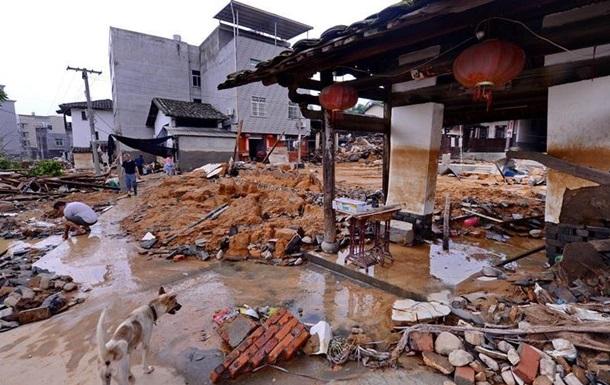 Тайфун Непартак у Китаї забрав життя десяти чоловік