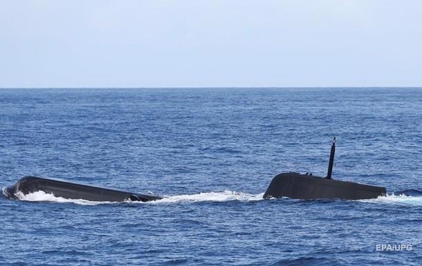 У Франції рибалки зловили неводом португальський підводний човен