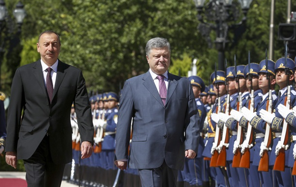 Порошенко: Украина не признает Нагорный Карабах