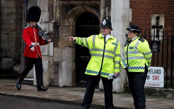 В Лондоне неизвестный открыл стрельбу по полиции