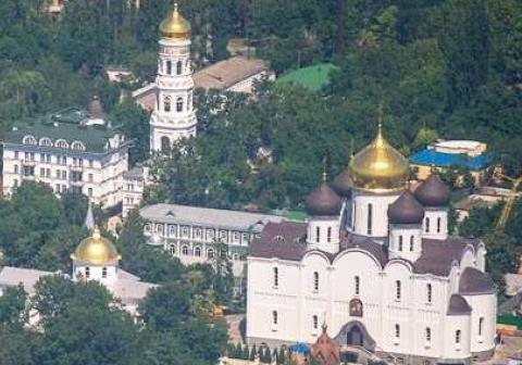 Работорговцы вывозят за рубеж девушек-сирот, которые воспитываются в монастырях