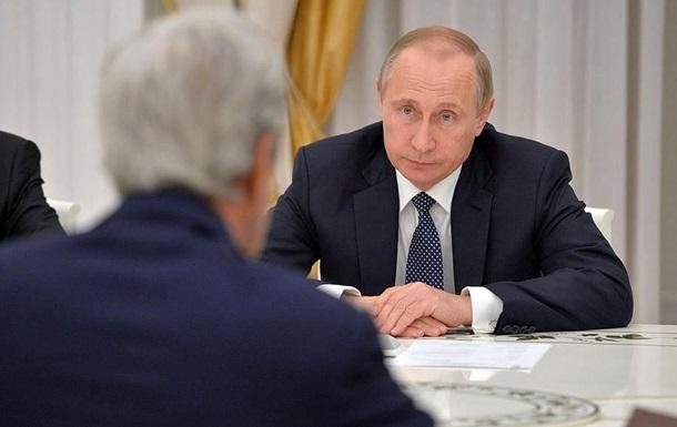 У Кремлі розповіли, про що говорили Путін і Керрі
