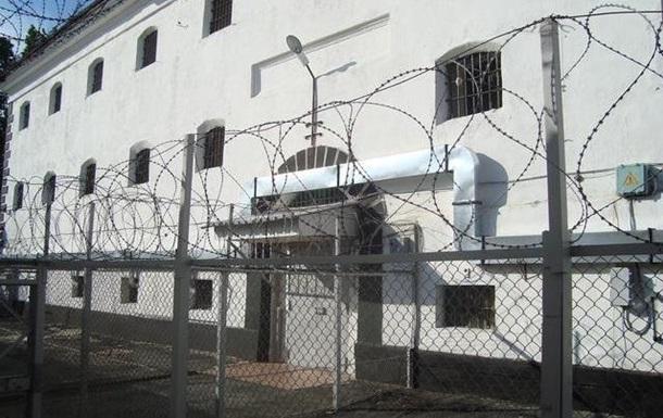 Під Миколаєвом у камері ізолятора помер засуджений