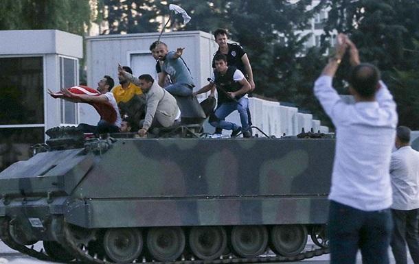 Путч у Туреччині: ЗМІ назвали ймовірного лідера