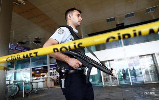 Стрілянина на вечірці у США: 14 потерпілих