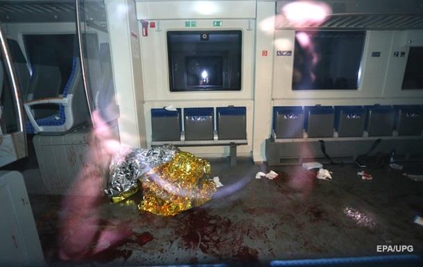 Полиция Германии: напавший на пассажиров поезда с топором застрелен