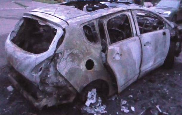 В Черкассах на стоянке сгорели пять автомобилей