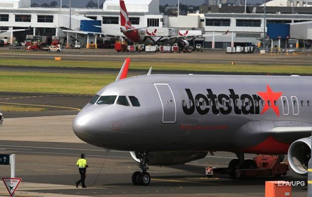 Австралийский самолет экстренно сел из-за драки пассажиров