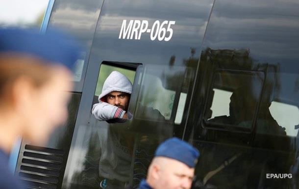 В Швеции водитель автобуса побил беженца из Сирии