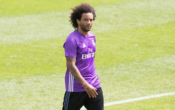 Игрок Реала похвастался новым тату