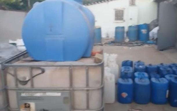 На Одещині вилучили п ять тонн фальшивого коньяку