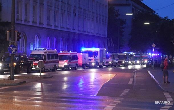 Стрельба в Мюнхене: восемь убитых, много раненых