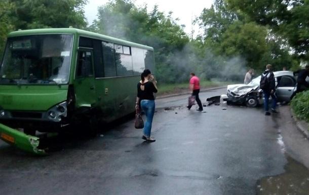 У ДТП в Харкові загинули двоє поліцейських