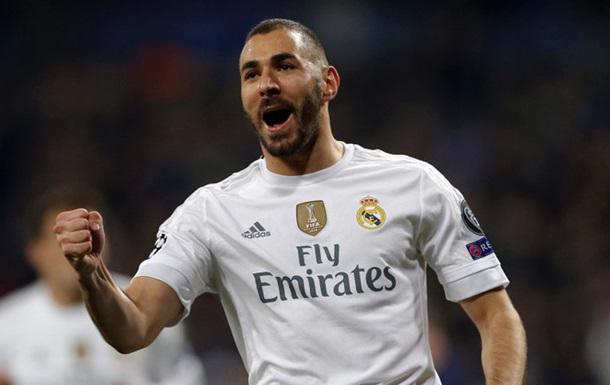 Аргентинская модель  оценила  мужские способности игроков Реала и Барсы