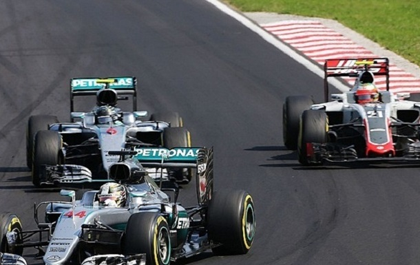Формула 1. Гутьєррес образився на Хемілтона за середній палець