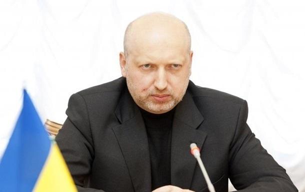 РФ випробовує новітню зброю на Донбасі - Турчинов