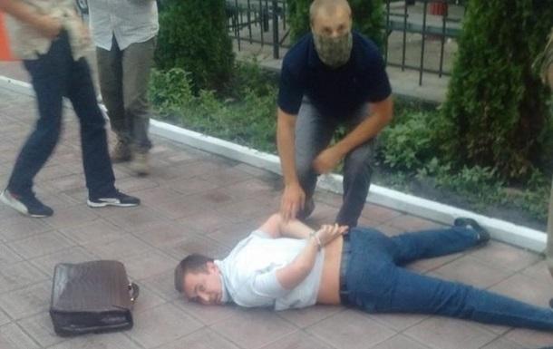 СБУ: У задержанного молдаванина был фальшивый паспорт Украины