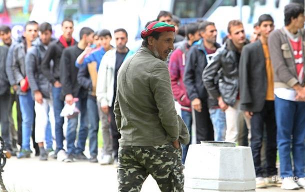 ЕК выделила полтора миллиарда евро сирийским беженцам в Турции