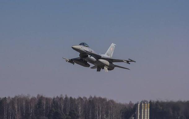 Польща відпустила пілота перехопленого літака з РФ