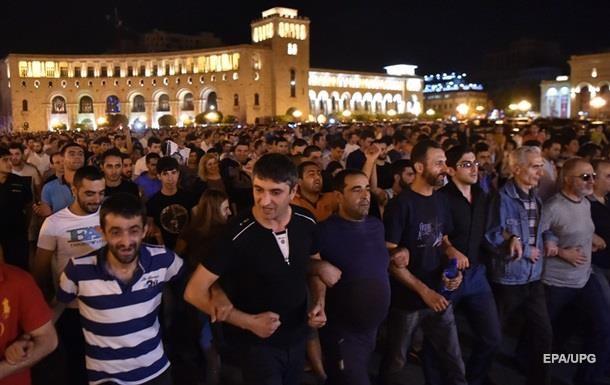 У Єревані пройшов мітинг опозиції