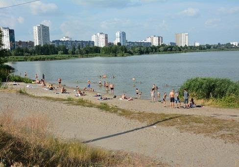 Чи безпечно купатися у Києві?