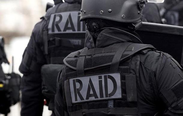 Во Франции освободили захваченных в тюрьме заложников