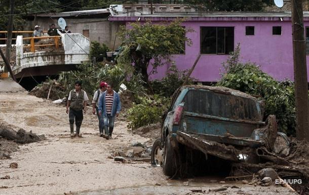 Мексика: тропічний шторм Ерл забрав життя 38 людей