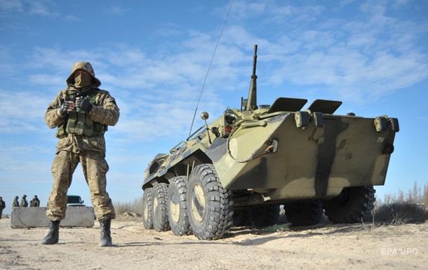 Київ: Активність військ у Криму зберігається