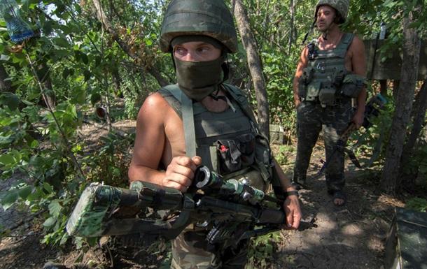 За сутки в АТО один военный погиб, пятеро ранены