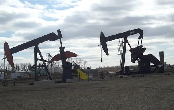 Цена нефти Brent упала ниже 44 долларов